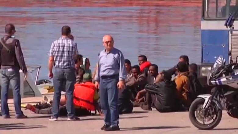 بالفيديو: بعد غرق اخوته الـ6.. أحد الناجين من انقلاب سفينة مهاجرين يروي لـCNN ما حدث