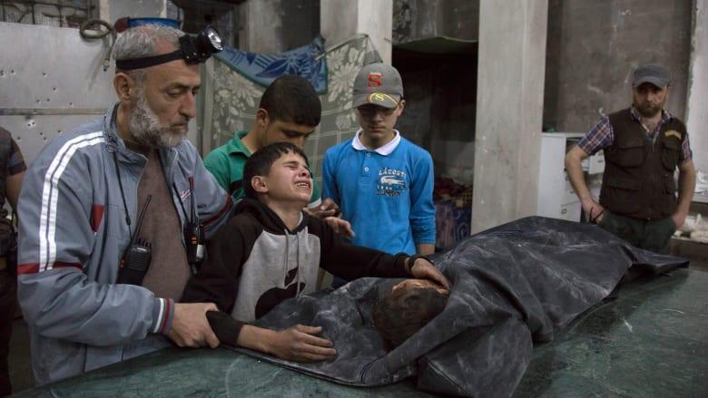 """بعد غارات على مستشفى """"القدس"""" في سوريا.. المرصد السوري لـCNN: قتل النظام 99 مدنيا خلال 6 أيام بحلب فقط"""