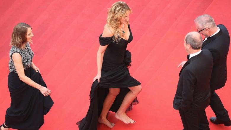 المخرجة جودي فوستر والممثلة جوليا روبرتس