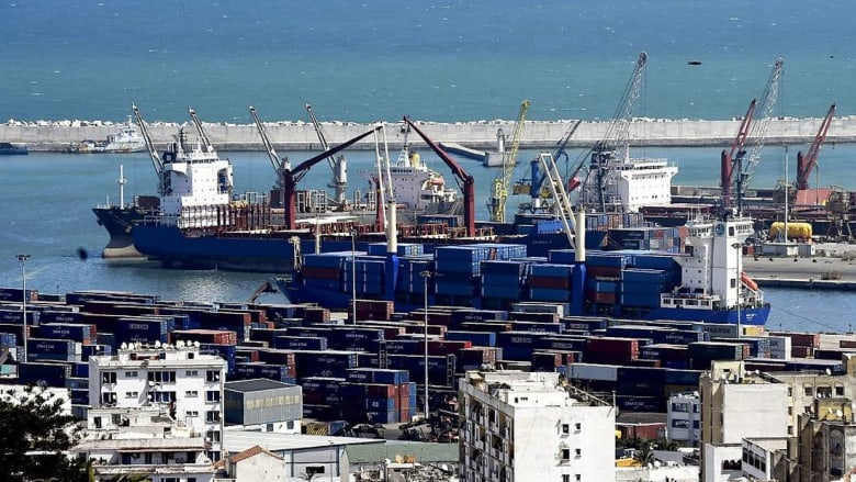 العجز التجاري يتفاقم في الجزائر بسبب تراجع صادرات المحروقات