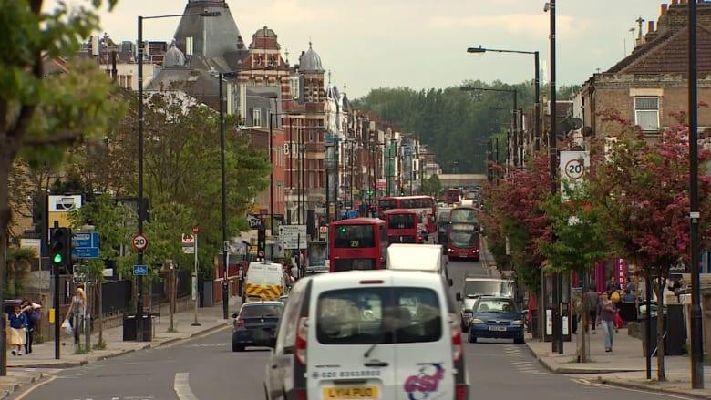 بالفيديو: حملة انتخابية بريطانية تحذر من المسلمين الأتراك.. وتثير غضبهم في لندن نفسها