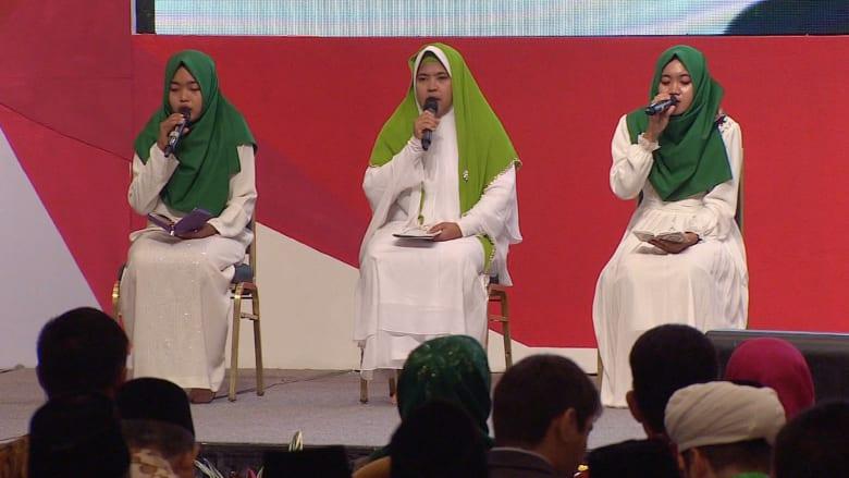 شاهد.. علماء دين في إندونيسيا يكافحون التطرف: مصدر المشكلة بعض العناصر في الإسلام
