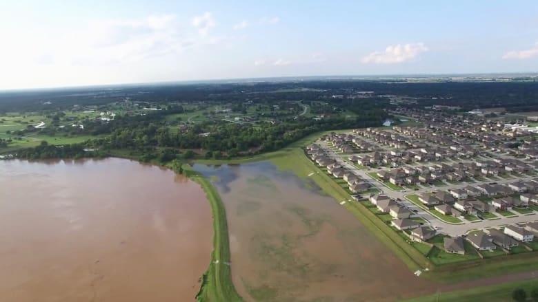 بالفيديو: مشاهد التقطتها طائرة بدون طيار للفيضانات في تكساس