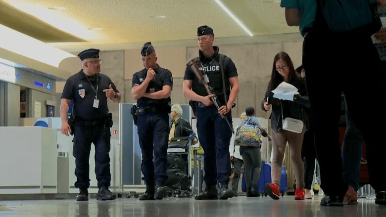 بالفيديو: وزارة الخارجية الأمريكية تحذر من الذهاب إلى أوروبا خلال إجازة الصيف