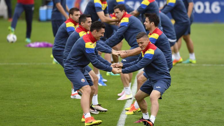 رومانيا وألبانيا في لقاء الفرصة الأخيرة