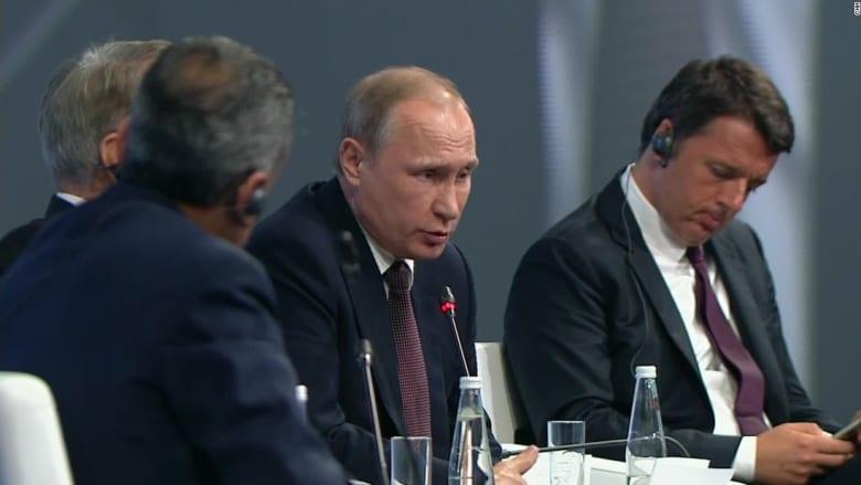 فريد زكريا بعد لقاء بوتين: لغته الإنجليزية جيدة جداً ويطلق الدعابات لكنه ذكي وجاهز