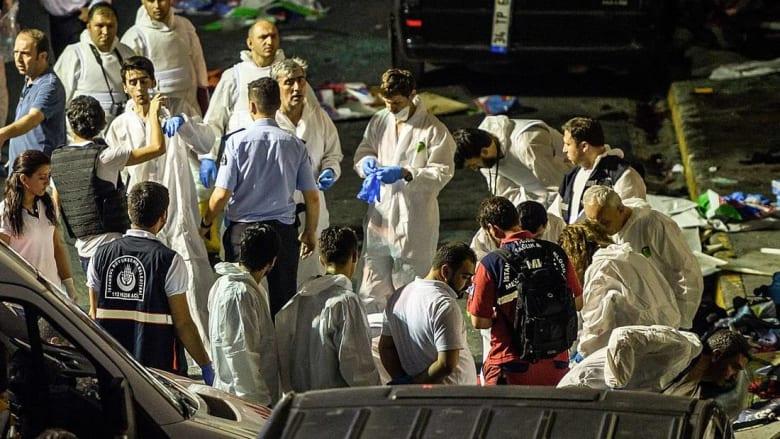 إطلاق نار وتفجير قنابل.. هجوم على مطار أتاتورك يخلّف 36 قتيلًا على الأقل