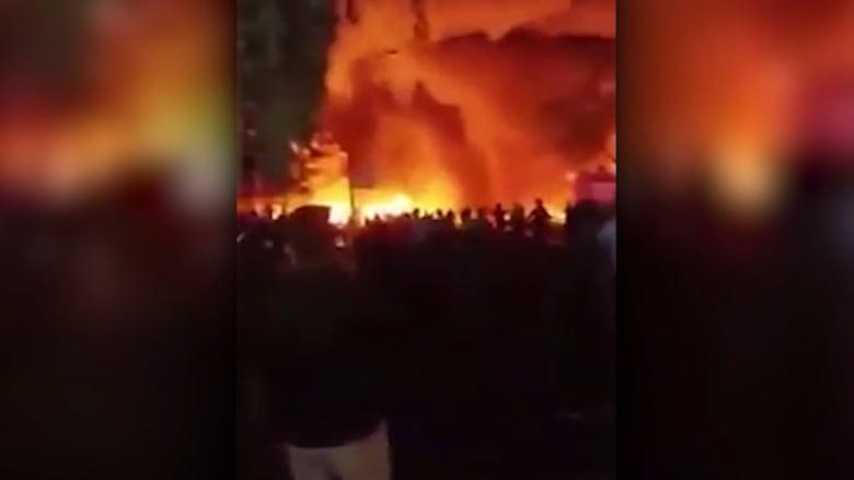 بالفيديو: أكثر من 125 قتيلاً في تفجير بغداد.. وداعش يتحمل المسؤولية