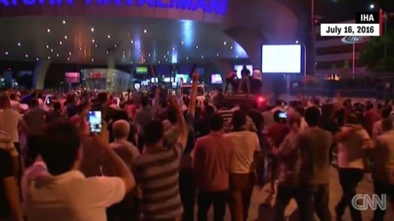 بالفيديو: ما هو الانقلاب وكيف يختلف عن الثورة؟