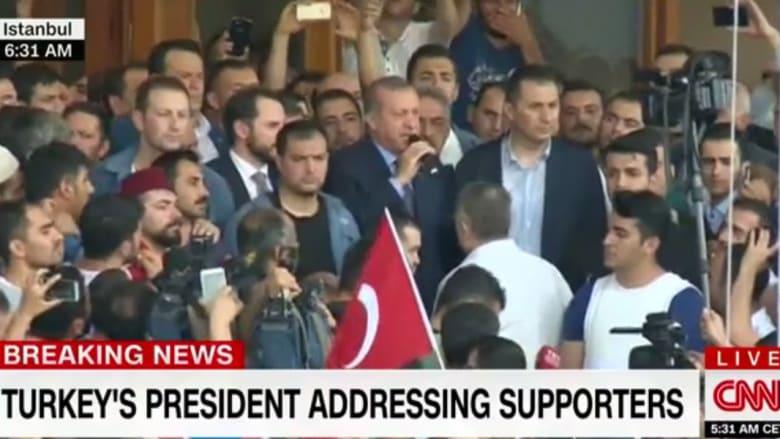 بالفيديو.. أردوغان يعلن انتهاء محاولة الانقلاب العسكري: الحكومة مسيطرة