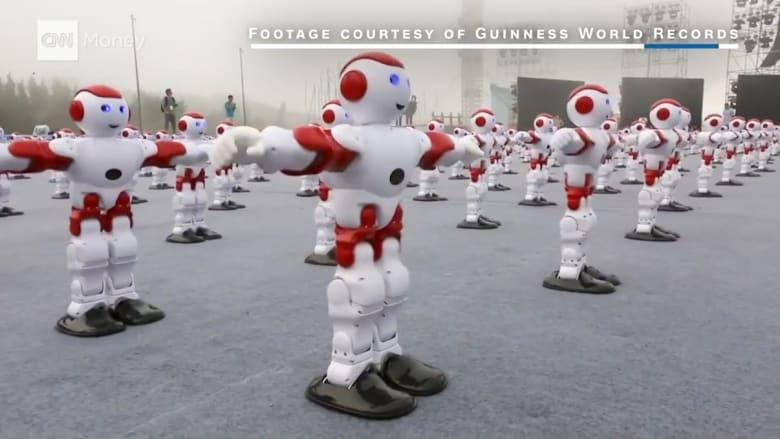 1007 روبوتات تحصد رقماً قياسياً عالمياً للصين.. فما هو؟