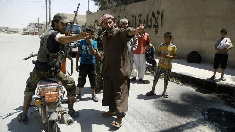 مصادر لـCNN: عملية تطهير منبج من داعش في المراحل الأخيرة