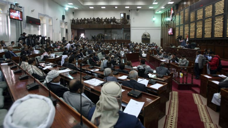الرئيس اليمني برسالة للبرلمان بصنعاء: ما تم خلال الاجتماع لا يُعمل به ومنعدم الآثار القانونية
