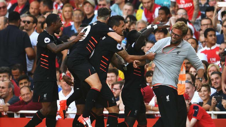 ليفربول يهزم أرسنال على أرضه.. ومانشستر يونايتد يتصدر