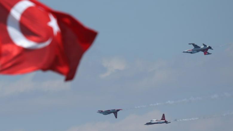 """وزير تركي: """"لا يحق لأحد أن يحدد لنا أي جماعة إرهابية سنحارب"""""""