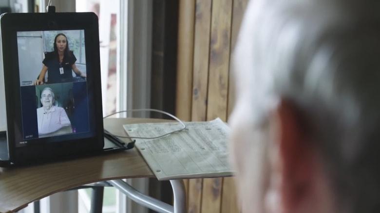 "هل تستبدل طبيبك بجهاز ""iPad""؟"