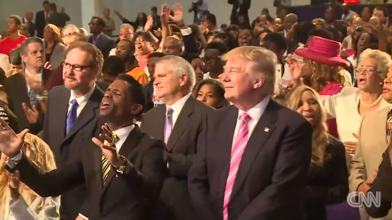 شاهد دونالد ترامب يرقص في كنيسة