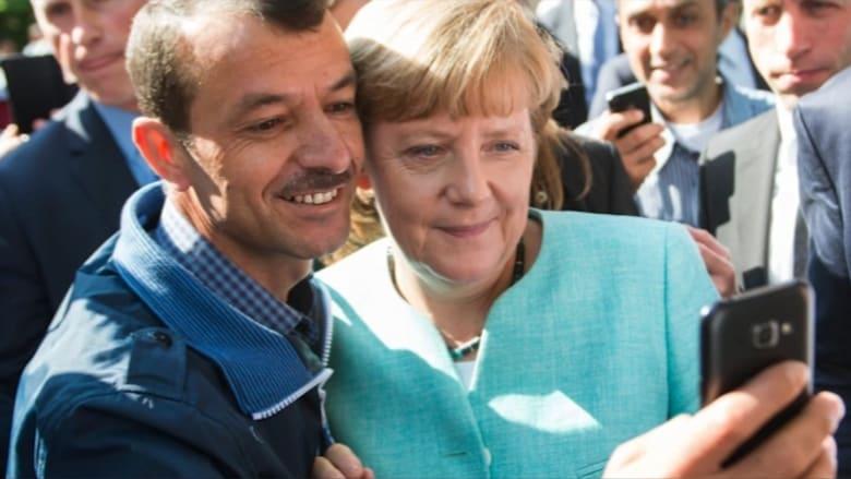 هل تفقد ميركل مكانها في انتخابات العام القادم بسبب سياسة اللجوء؟