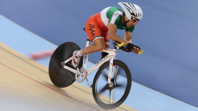 """وفاة درّاج إيراني إثر تعرضه لحادث أثناء سباق في """"بارالمبياد"""" ريو"""