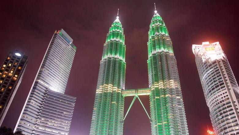 من طوكيو إلى دبي.. أي مدينة الأشهر بين السياح في العالم؟