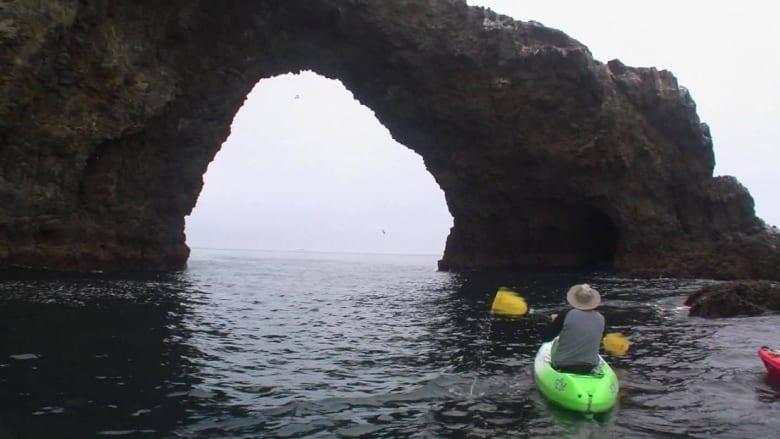 تعرف على القوس الصخري في جزر القنال