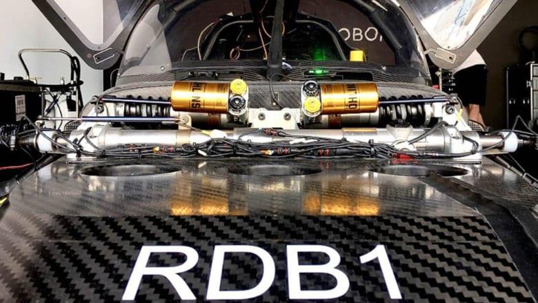 """هذه هي """"DevBot #1"""".. أول سيارة سباق كهربائية بدون سائق"""