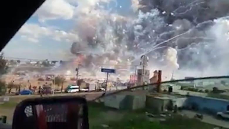 شاهد.. انفجار كبير يهز سوق ألعاب نارية بالمكسيك