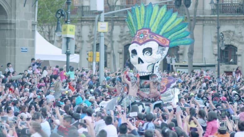 """مهرجان للأموات وطعام """"ملوث"""" ولذيذ.. المكسيك كما لم تعرفها"""