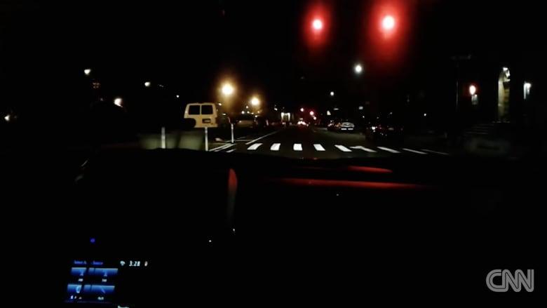 حظ سائق يعبر به 236 إشارة مرور خضراء بلا توقف