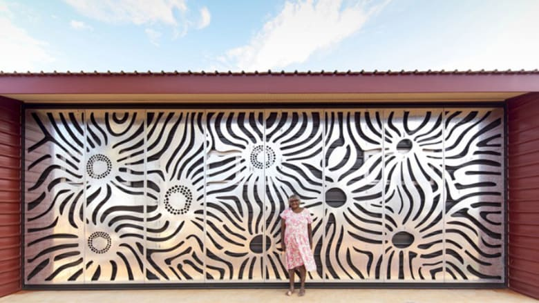 عمل فني يُبنى في أقصى صحارى العالم... والسبب؟