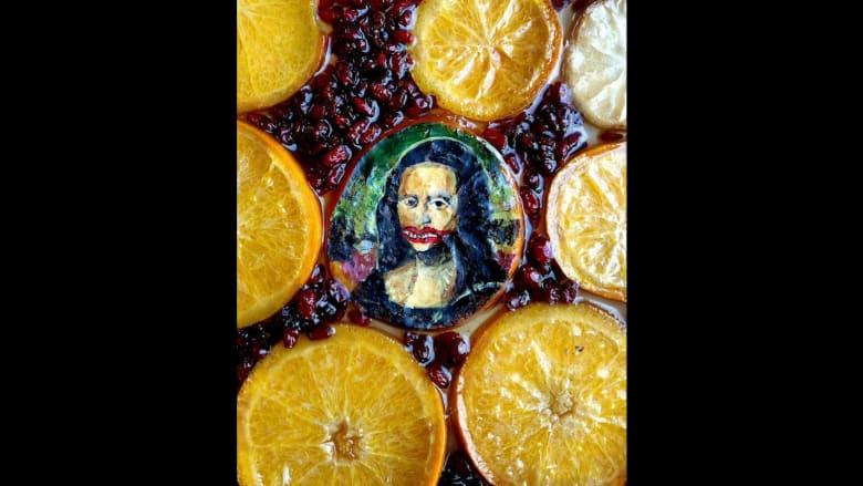 فنان سوري يقرر نسخ الأعمال المشهورة على البرتقال الطازج