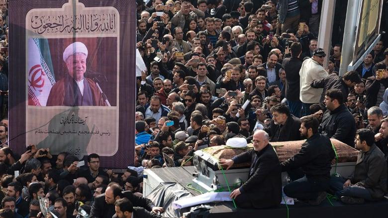 كامليا انتخابي فرد تكتب لـCNN: جنازة رفسنجاني نقطة تحول سياسي هامة للإيرانيين