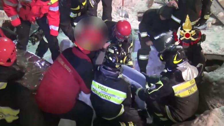 شاهد.. إنقاذ ناجين من انهيار جليدي مميت في إيطاليا