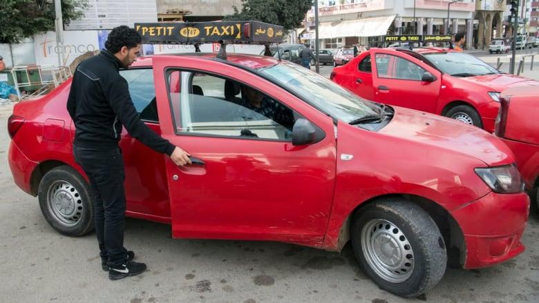 لإنهاء حالة الفوضى.. قرار ينظم قطاع سيارات الأجرة في الدار البيضاء