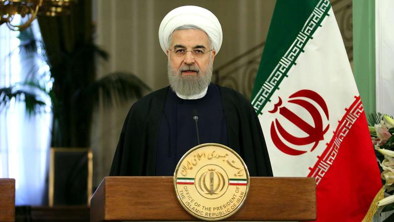 """روحاني يهاجم ترامب """"حديث العهد بالسياسة"""" بالذكرى الـ38 للثورة بإيران"""