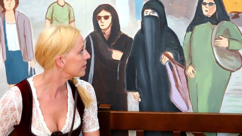 محكمة العدل الأوروبية: لأرباب العمل حق حظر لبس موظفاتهم للحجاب