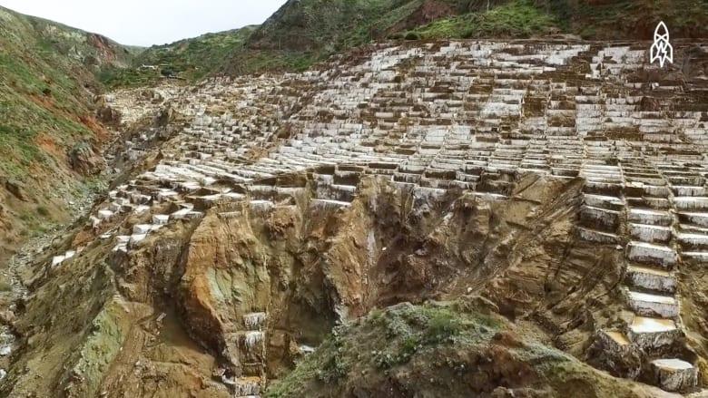 جولة في أقدم أحواض الملح التي صنعها الانسان في البيرو