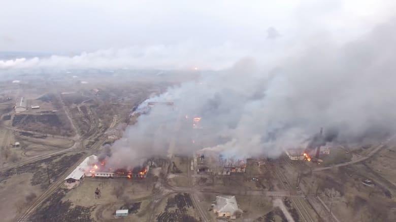 شاهد.. حريق ضخم في أكبر مستودعات الأسلحة بأوكرانيا