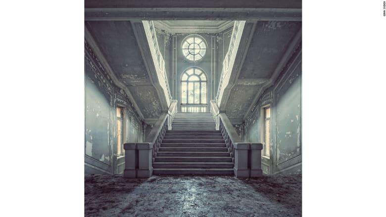 """صورٌ """"كالخيال"""" تخلّد جمال المباني المهجورة في أوروبا"""