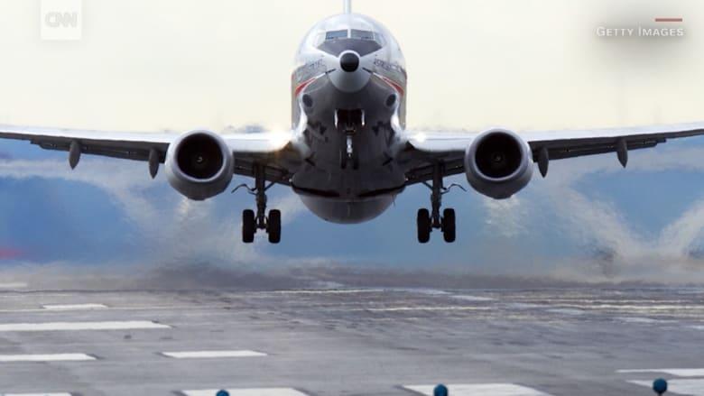 تخيل أنك في الطائرة! وفاة مساعد طيّار أثناء الهبوط