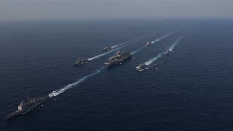 شاهد.. سفن حربية أمريكية تقترب من كوريا الشمالية