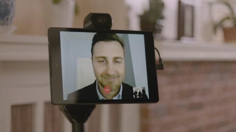 هذا الروبوت سيساعدك في التواصل مع أحبائك