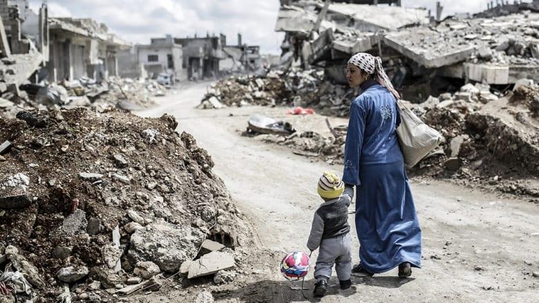 كامليا انتخابي فرد تكتب لـCNN: ومن يريد أن يسمع شيئاً عن الشعب السوري؟