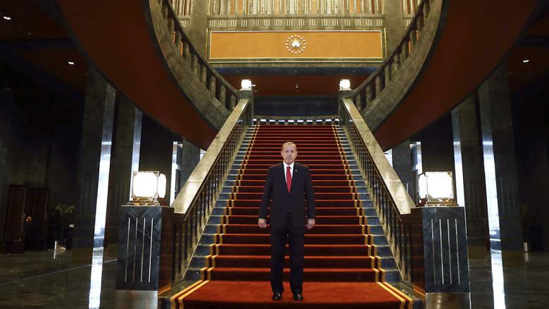رأي: السلطان أردوغان وليلة إعلان وفاة الديمقراطية في تركيا