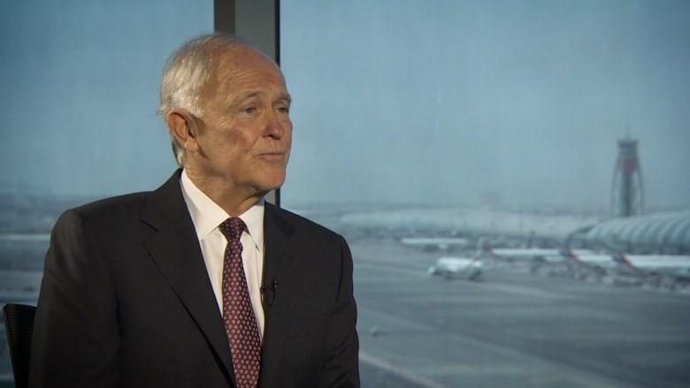 """رئيس """"طيران الإمارات"""" لـCNN: شركات الطيران الأمريكية تستغل أي فرصة لرمينا بالطوب"""