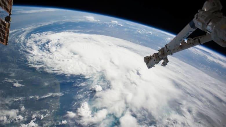 الجزائر والإمارات توّسعان تعاونهما في مجال الفضاء