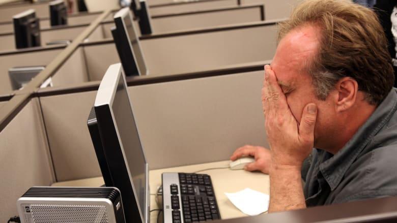 ما هي البطالة المقنعة وما خطرها الاقتصادي؟