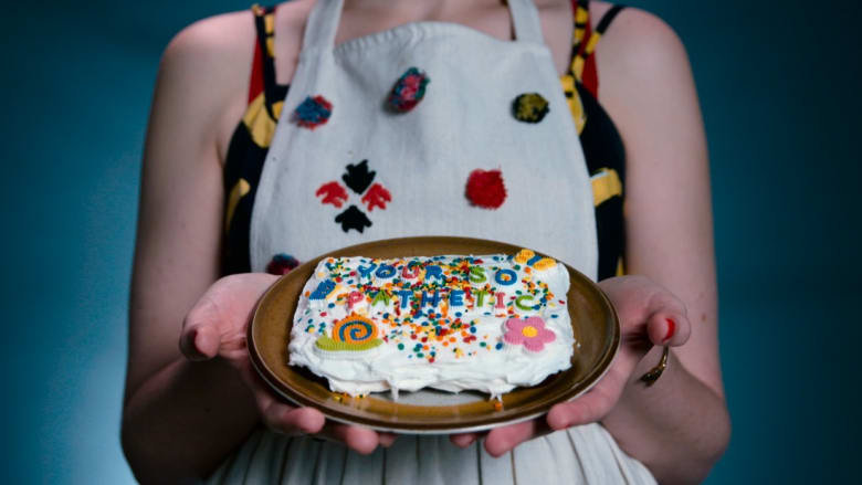 """أرسل """"كعكة"""" لمن يضايقك في العالم الافتراضي"""