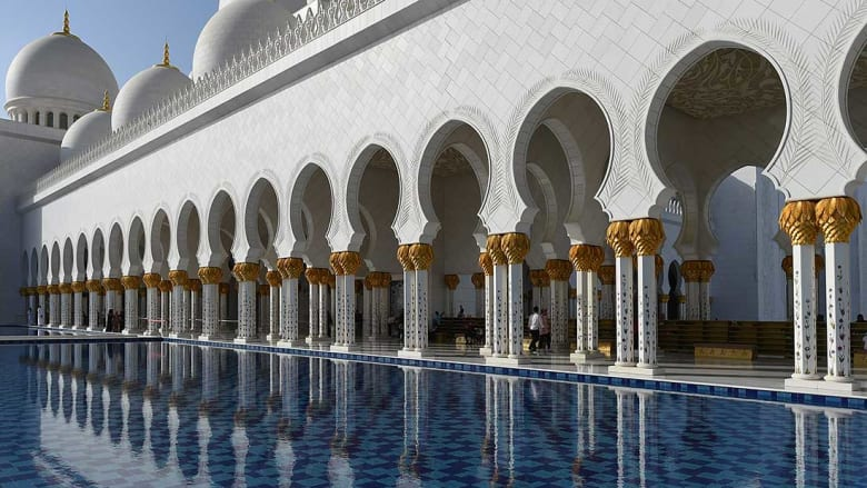 مسجد الشيخ زايد ثاني أفضل معلم سياحي في العالم لعام 2017