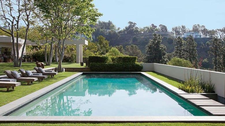 بالصور..7 حمامات سباحة مذهلة لمشاهير هوليوود
